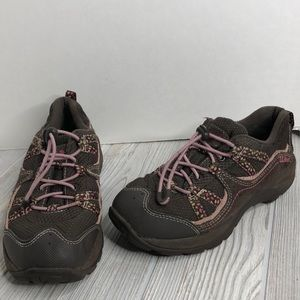 LL Bean Sz 4 Girls Outdorsy Sneakers rugged